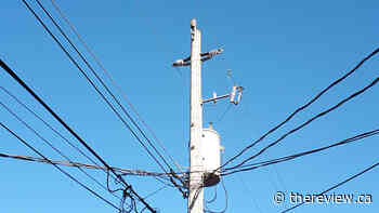 Broken pole causes power outage in Lachute - The Review Newspaper