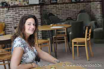 """Alessandra (43) blaast volkscafé nieuw leven in: """"Hier kunne... (Waasmunster) - Het Nieuwsblad"""