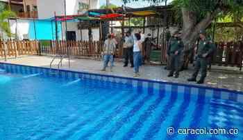 Policía verifica cumplimiento de medidas en piscinas de Magangué - Caracol Radio