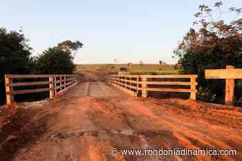 Prefeitura constrói nova ponte no Rio Palmeira na Linha Rei Davi - Rondônia Dinâmica