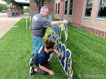 North Huntingdon business celebrates good times with outdoor signs - TribLIVE
