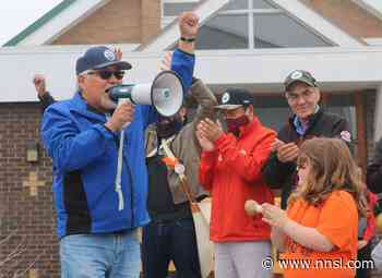 Yellowknife marches for the 215 - Northern News Services