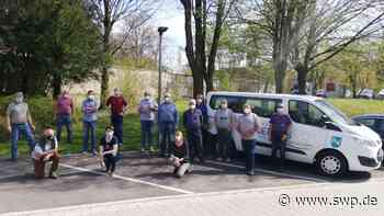 Bürgerbus-Team Neckartenzlingen: Holpriger Start in der dritten Welle - SWP
