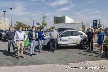 Gemeente investeert in eerste elektrische dienstwagen (Staden) - Het Nieuwsblad