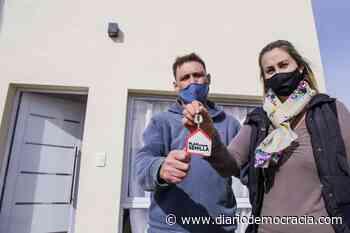 Plan Semilla: una nueva familia accedió a la casa propia - Diario Democracia