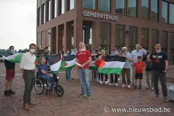 Hart voor Palestina houdt actie aan gemeentehuis