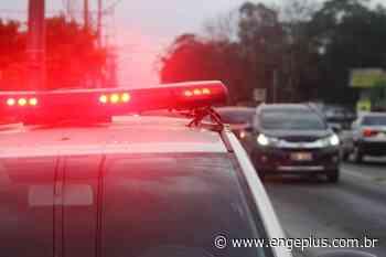 Motorista fica ferido após colisão frontal em Orleans Acidente aconteceu na noite desse sábado, no bairro - Engeplus