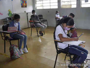 Estudiantes de Chinchiná se reencuentran con las aulas - La Patria.com