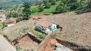 Next Gobernación entregó seis viviendas prefabricadas en Chinchiná - BC Noticias