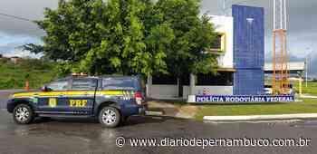 PRF detém suspeito de assalto a banco com carro roubado em Pesqueira - Diário de Pernambuco