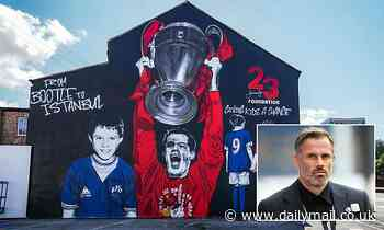 Incredible mural of Jamie Carragher unveiled as ex-Liverpool defender is honoured for charity work