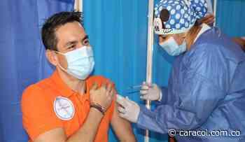 Vacuna es salud y empleo, dijo Alcalde de Montería al recibir primera dosis - Caracol Radio