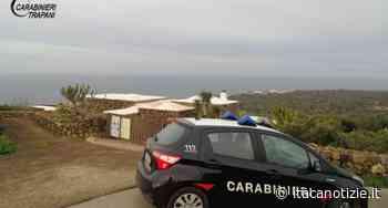 Pantelleria: trova per terra un portafoglio e lo consegna ai Carabinieri, lo aveva perduto una turista - Itaca Notizie