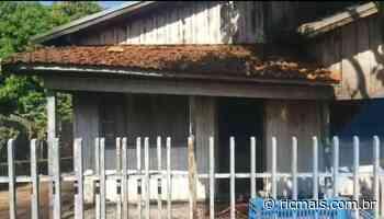 Moradora teria ateado fogo na própria casa e fugido seminua, em Marialva - RIC Mais