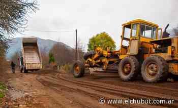 Arreglos en el camino principal a Rincón de Lobos - Diario EL CHUBUT