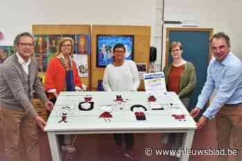 Kijk Mama Kijk en werk van O-Sekoer op ArtMarkt in Kuurne - Het Nieuwsblad