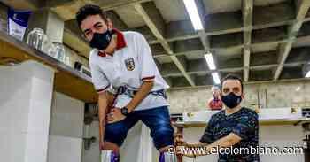 Premian alumnos de Envigado por invento de piernas antiminas - El Colombiano