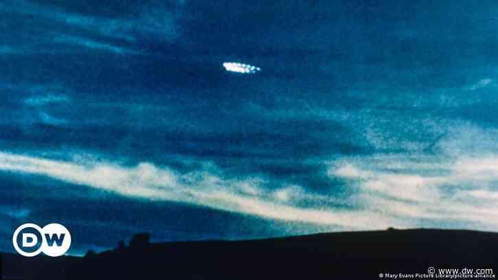 UFO-Bericht in den USA: Die Wahrheit ist irgendwo da draußen - DW (Deutsch)