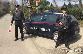 Bellusco nasconde la droga sotto i tappetini dell'auto dei Carabinieri - Comolive