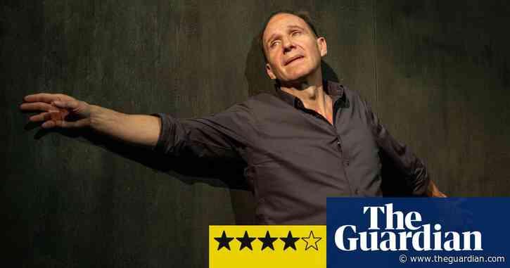 Four Quartets review – Ralph Fiennes meets TS Eliot in a triumphant return