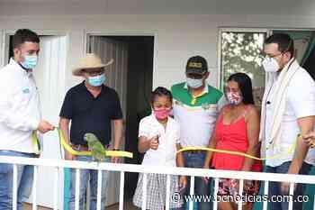 Nueve familias de Norcasia recibieron viviendas prefabricadas - BC Noticias