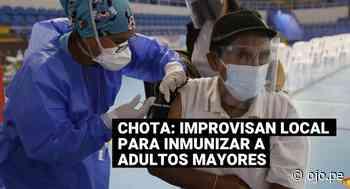Improvisan local para inmunizar contra el COVID-19 a adultos mayores en Chota - Diario Ojo
