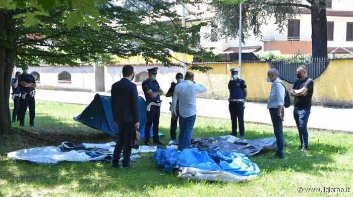 Nerviano, sgomberata la villa occupata dalle famiglie macedoni - IL GIORNO