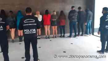 Escondidos en roperos: desalojaron una fiesta clandestina en el barrio Santa Clara - Diario Panorama de Santiago del Estero