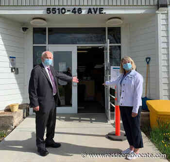 City of Camrose issues friendly COVID-19 vaccination challenge to the City of Wetaskiwin – Red Deer Advocate - Red Deer Advocate