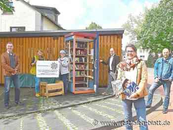 Bücherschrank wird gut angenommen - Westfalen-Blatt