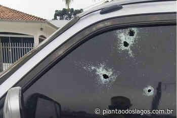 Emboscada no Centro de Agudos do Sul termina com motorista de caminhonete morto e mulher ferida - Plantao dos Lagos