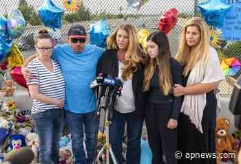 Despiden a niño que murió en riña de tránsito en California - AP News