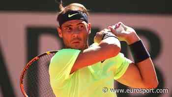 French Open tennis - Rafael Nadal walks out for evening match against France's Richard Gasquet - Eurosport.com