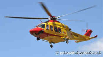 Grave incidente auto-moto a Suzzara, arriva l'elisoccorso - Prima Mantova