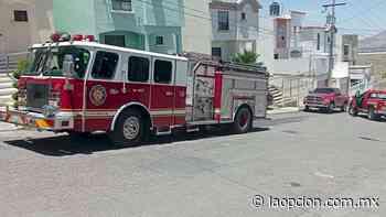 Atienden bomberos flamazo en la colonia barrancas - La Opcion