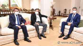 Uñac visitó Misiones, firmó convenios, se reunió con Rovira y Herrera, y apoyó al Gobierno a días de las elecciones - A24.com