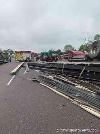 Tractor trailer rollover in Quinte West - Quinte News