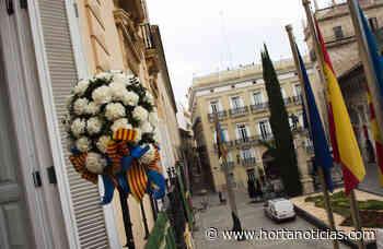 El 'Pomell de Flors' del Corpus luce en los balcones del Palau de la Batlia y el de la Generalitat - Hortanoticias.com