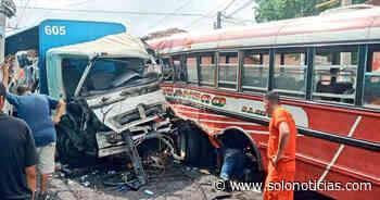 Diez lesionados tras accidente en Nahuizalco, Sonsonate - Solo Noticias