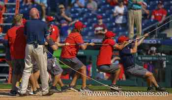 Nationals lose to Phillies in bizarre game featuring net collapse
