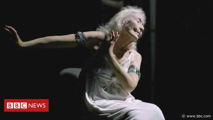 The dancer aged 106 who bans the word 'old'