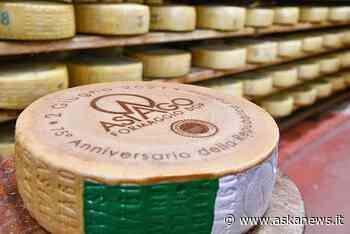 2 giugno, da Consorzio Asiago Dop forma di 75 mesi a Mattarella - Agenzia askanews