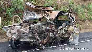 Choca camioneta, se incendia y mueren sus cuatro ocupantes en Santa Ana - Diario El Mundo