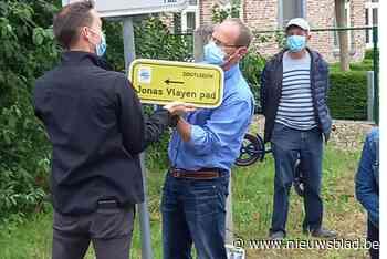 Vermoorde Jonas Vlayen krijgt gepast eerbetoon met straatnaambord