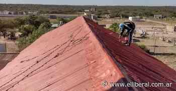 Refaccionan el techo del templo en la capilla San Antonio de Padua - El Liberal Digital