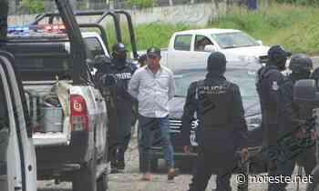 Detienen al comandante de la policía municipal en Coatzintla. - NORESTE