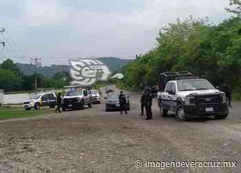 Detienen a comandante de la policía de Coatzintla; acusan compra de votos - Imagen de Veracruz