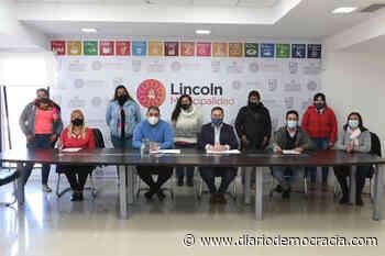 Firmaron convenio con la cooperativa de reciclaje de la localidad de Bayauca - Diario Democracia