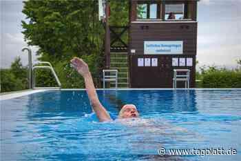 Freibad wieder offen: Freude bei den treuen Badegästen - Schwäbisches Tagblatt