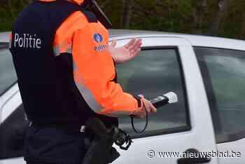 Reeks boetes voor wie gordel niet draagt of telefoneert achter stuur<BR />